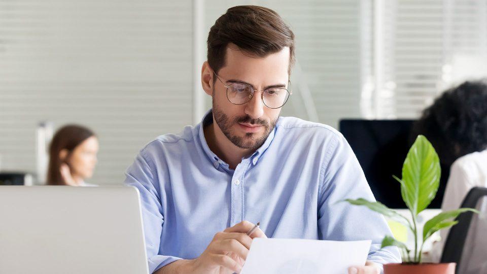 Yrittäjän talousosaaminen voi määrittää yrityksen menestyksen.