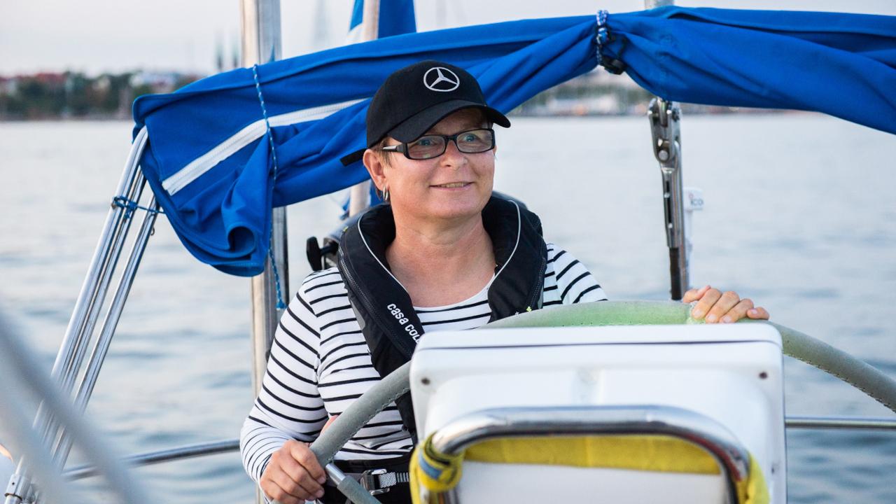 Maarit Suomi tekee Netvisorilla etätöitä ulkomailla