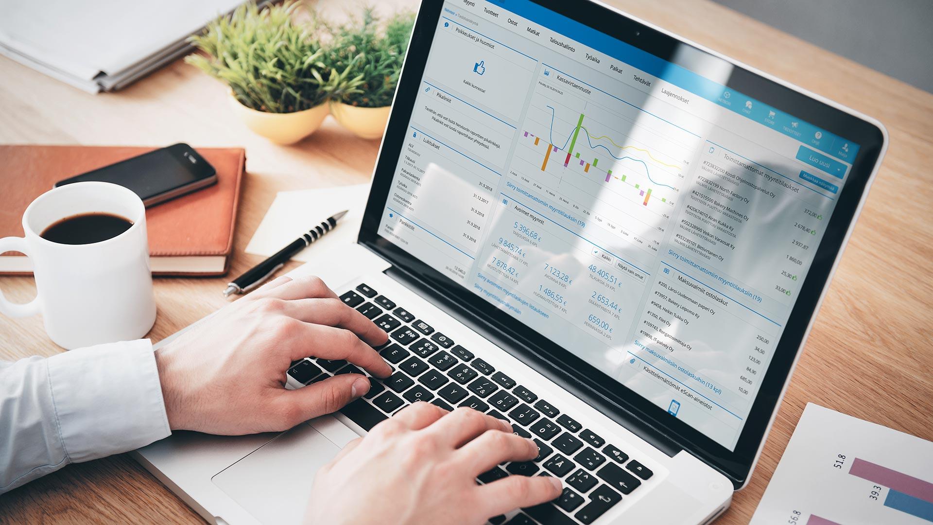 Netvisor automatisoi yli 90 prosenttia taloushallinnon tehtävistä.